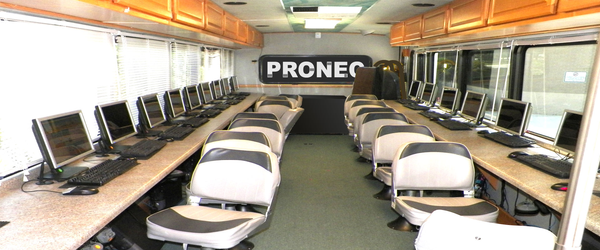PRONEC-8