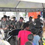 policia_militar_promove_acao_civico_social_no_bairro_martins_em_uberlandia-20